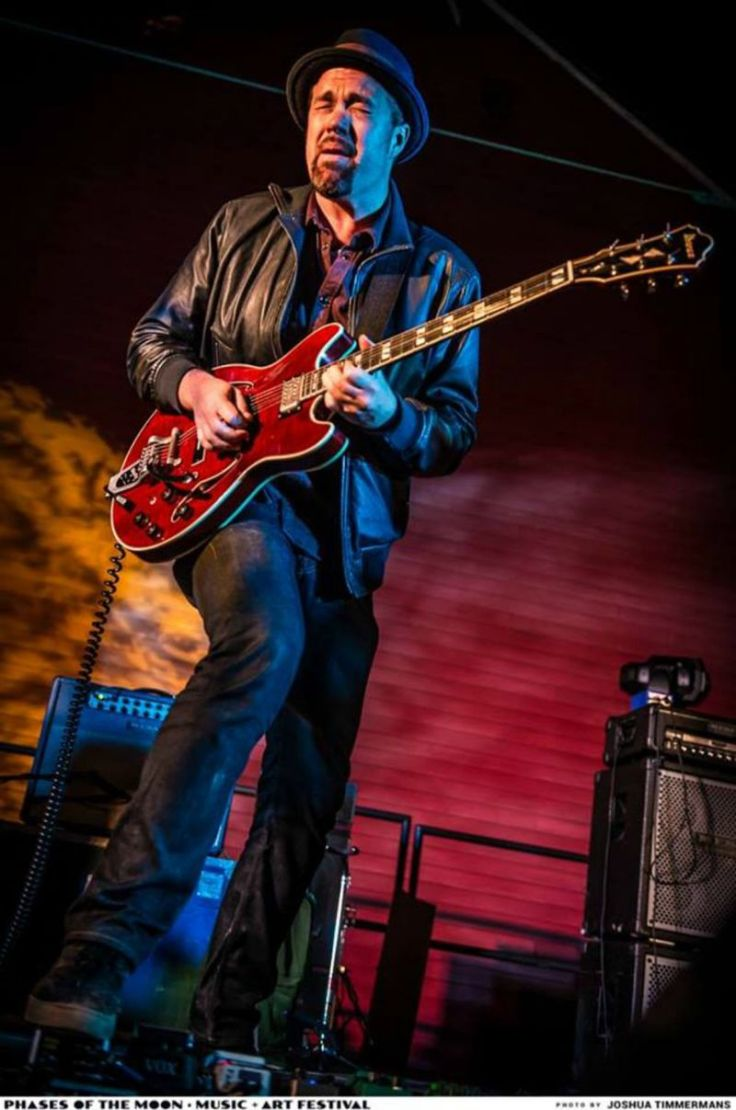 eric-krasno-blood-from-a-stone-2016-07-08_nyab85v